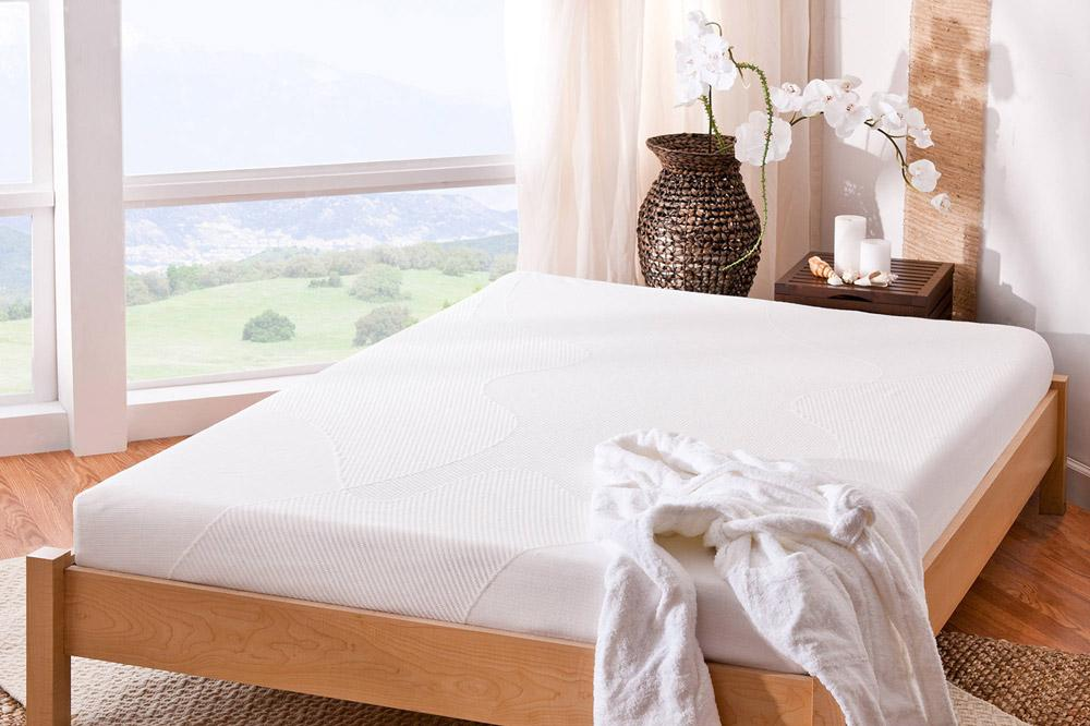 """Strictly Beds Double 4ft6 Memory Foam Mattress 9"""" 1"""