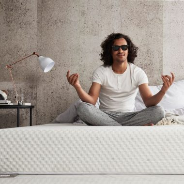 What are the advantages of a Hybrid Mattress